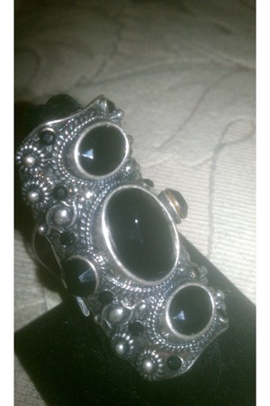 accessories - knuckle ring ring