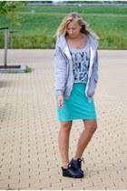 Yesstyle hoodie - Coolcat shirt - Hema skirt - Yesstyle sneakers