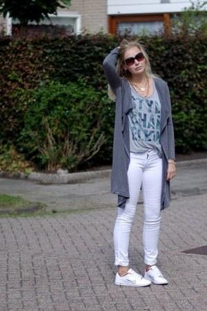 heather gray lookbookstore cardigan - white H&M jeans