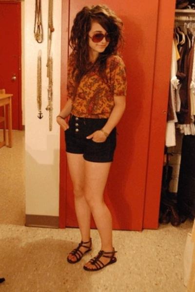 Goodwill shirt - f21 shorts - Value City shoes - Goodwill sunglasses