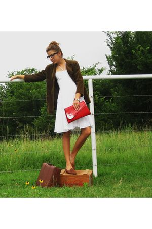 white calvin klein dress - brown DKNY blazer - red accessories - brown shoes
