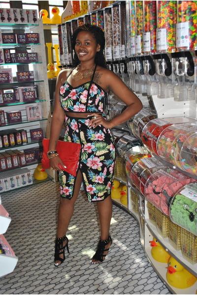 Tobi top - thrifted purse - scene heels - Tobi skirt