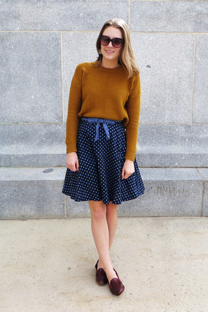 gold madewell sweater - navy polka dot modcloth skirt