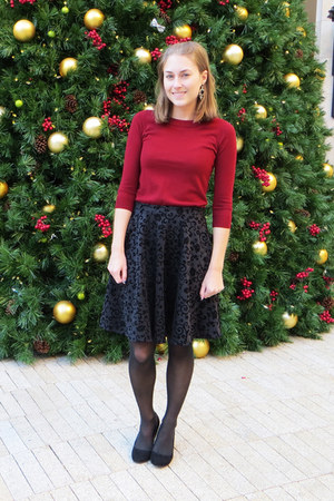 black modcloth wedges - maroon JCrew Factory sweater - black modcloth skirt