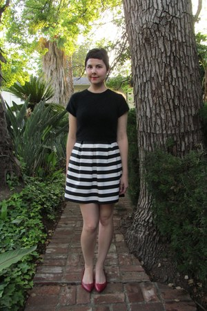 white Dorothy Perkins skirt - black thrifted Theme sweater - ruby red Aldo flats