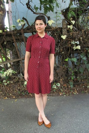 brick red thrifted Laura Ashley dress - tawny miz mooz flats