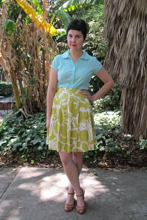 mustard banana republic skirt - light blue thrifted blouse