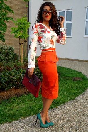 white H&M shirt - brick red Primark bag - teal River Island heels
