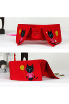 Cat Hand Drawing Detachable Red Collar