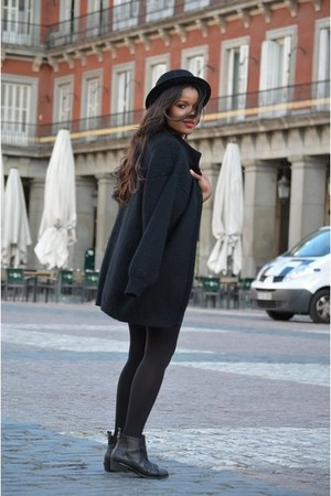 black Topshop boots - black el corte ingles coat - black H&M hat
