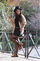 black H&M hat - burnt orange Mulaya boots - beige Corte fiel cardigan