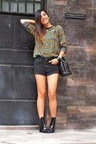 mustard vintage sweater - black Zara boots - black H&M shorts