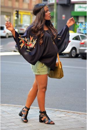 black vintage cape