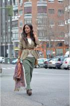 bronze volum bag - olive green Mango skirt - camel BLANCO cardigan