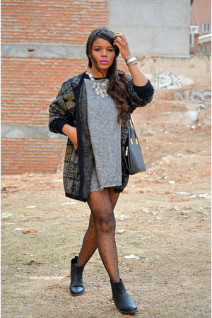 charcoal gray vintage cardigan