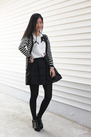 4buckle shoes - volume skirt skirt - cardigan - lanvin for hm t-shirt