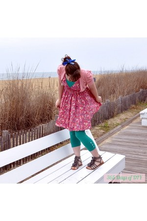 pink little flowers H&M dress - turquoise blue American Apparel tights