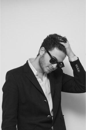 Ray Ban glasses - SANDRO shirt - SANDRO vest