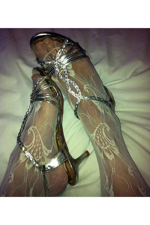 gold metallic next shoes - off white paisley vintage Accessorize stockings