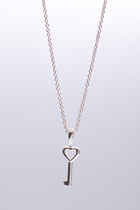 3 Wind Knots necklace