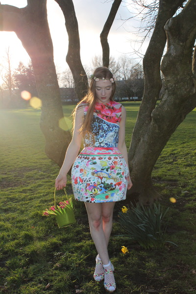 Mary Katrantzou dress - chartreuse vintage bag - white Topshop socks