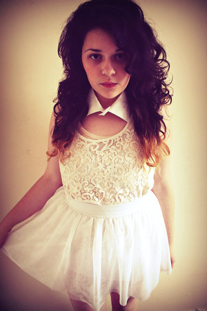 white collar DIY accessories - cream H&amp;M top - white H&amp;M skirt