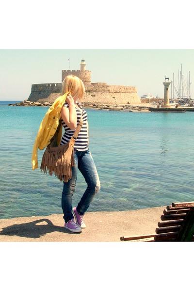 ab877995612e blue salsa jeans - yellow Zara jacket - nude Gap bag - light purple Converse  sne