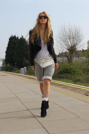 black Oasis jacket - black Zara boots - white bumbag Topshop bag