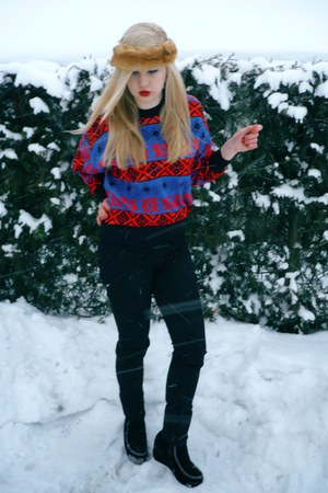 red 2hand sweater - black Zara jeans - black wedges