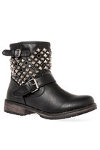 6'7 Addition Rocker Boots in Black