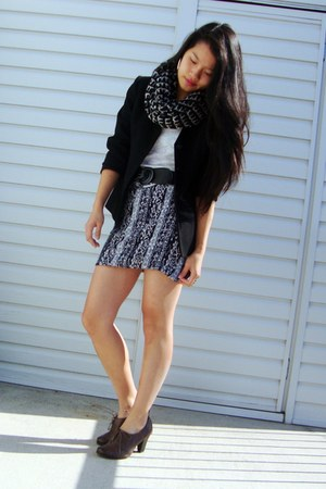 navy skirt - black blazer - white top