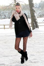 Black-primark-boots-light-pink-knitted-camaieu-scarf-navy-lace-primark-short