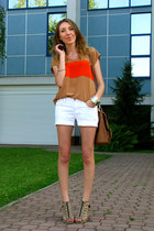 camel Primark blouse - tawny Primark bag - white Secondhand shorts