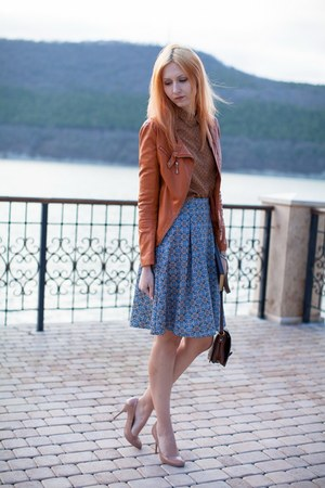 violet Stradivarius dress