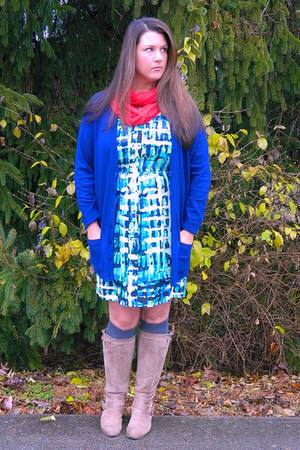 blue francescas earrings - camel Ebay boots - gianni bini dress