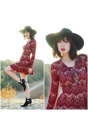 dress Style Stalker dress