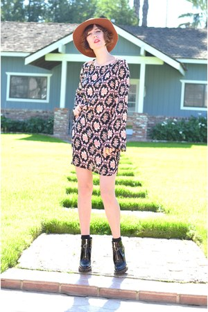 flynn skye Flynn Skye dress - patent boots Prada boots
