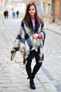 Black-humanic-boots-camel-primark-coat-maroon-primark-blouse