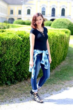 black clockhouse t-shirt - navy jennyfer jeans - turquoise blue H&M shirt