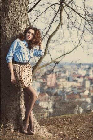 tan skirt - sky blue shirt - camel heels