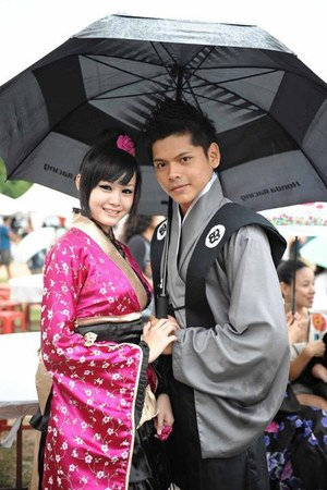 kimono dress - heels - belt