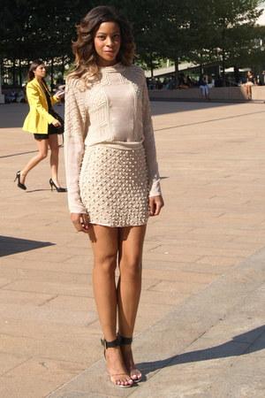 nude embroidered Zara blouse - nude embroidered Zara skirt