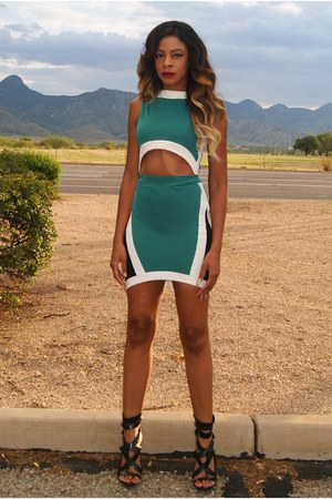 green two-piece Lillys Kloset dress