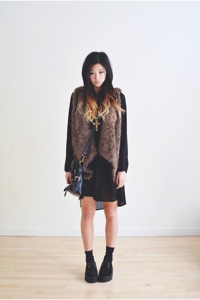 dark brown faux fur Sheinside vest - black Sheinside shoes