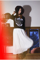 white Chicwish dress - gray The orphans arms sweater