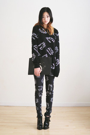 black buckled Choies boots - black patterned the ophans arms sweater
