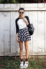 White-forever-21-shirt-black-chicwish-bag-white-tarte-sunglasses