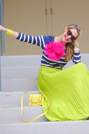Old Navy skirt - Old Navy bag - Karen Walker sunglasses - Old Navy blouse