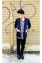 navy blazer - black jeans