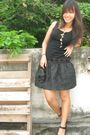 Black-disaya-dress-matina-amanita-necklace